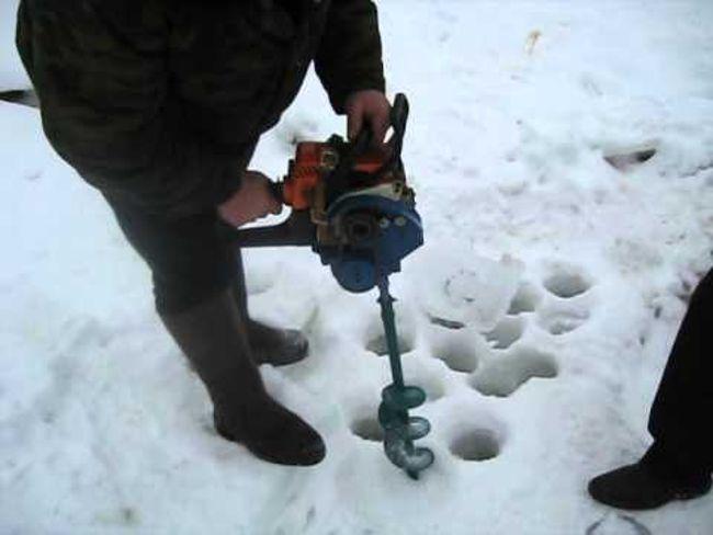 ледобур из бензопилы Штиль