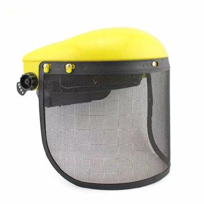 защитная маска для работы с бензопилой