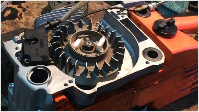 двигатель бензопилы