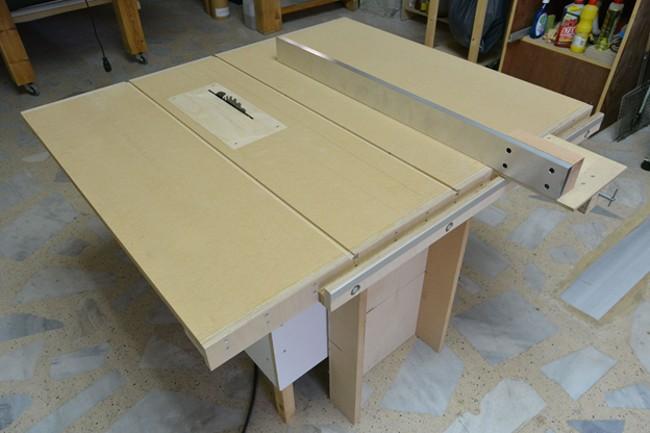 Деревянный стол для циркулярки