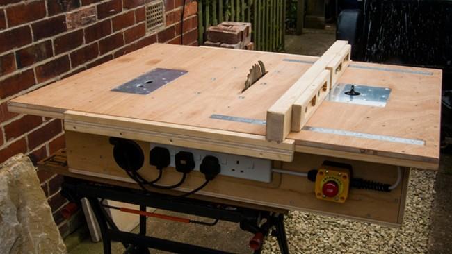 Самодельный стол с выключателем