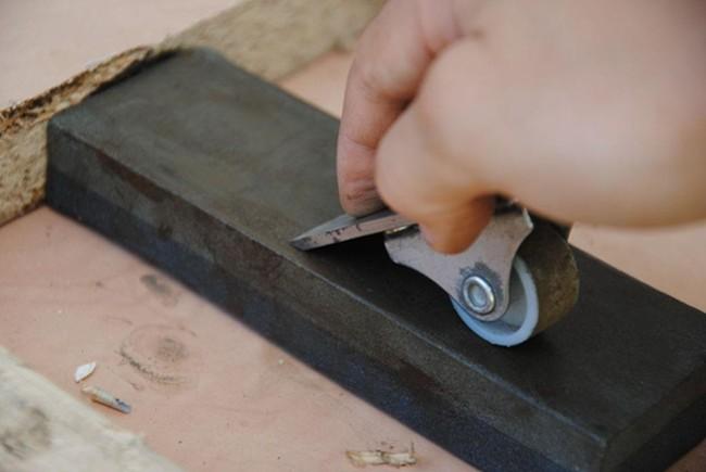Приспособление для заточки ножа рубанка