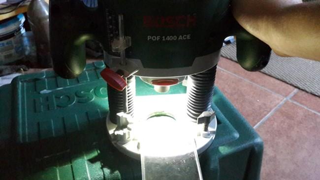 Ручной фрезер с подсветкой
