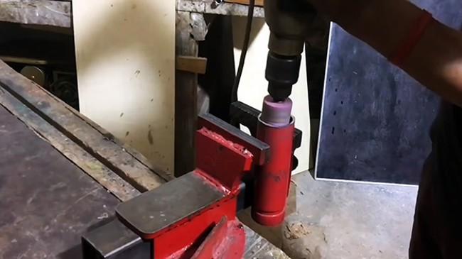 Зачистка торцов трубы